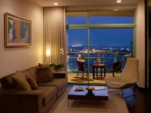 Chatrium Hotel Riverside Bangkok Awarded Top 10 Loved by Guests_2