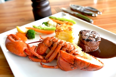 5-surf-turf-selections-grilled-australia-tenderloin-and-half-marine-lobster