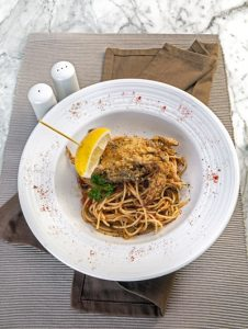 spaghetti-with-deep-fried-soft-shell-crab