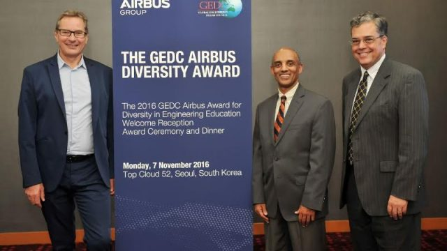 GEDC Airbus Diversity Award 2016 Recipient, Yacob Astatke, Interim Associate Dean of Engineering for Undergraduate Studies, Morgan State University, USA with Charles Champion, Airbus Executive Vice President Engineering (left) & Peter Kilpatrick GEDC Chairperson and Dean of Engineering, University of Notre Dame, USA (right) (PRNewsFoto/Airbus Group)
