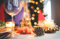 holiday-dining-2-large