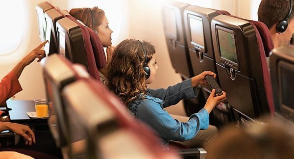 qantas offers additional baggage allowance to students. Black Bedroom Furniture Sets. Home Design Ideas